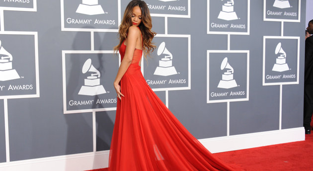 Oh, thanks for checking Rihanna. Yep...its still there.