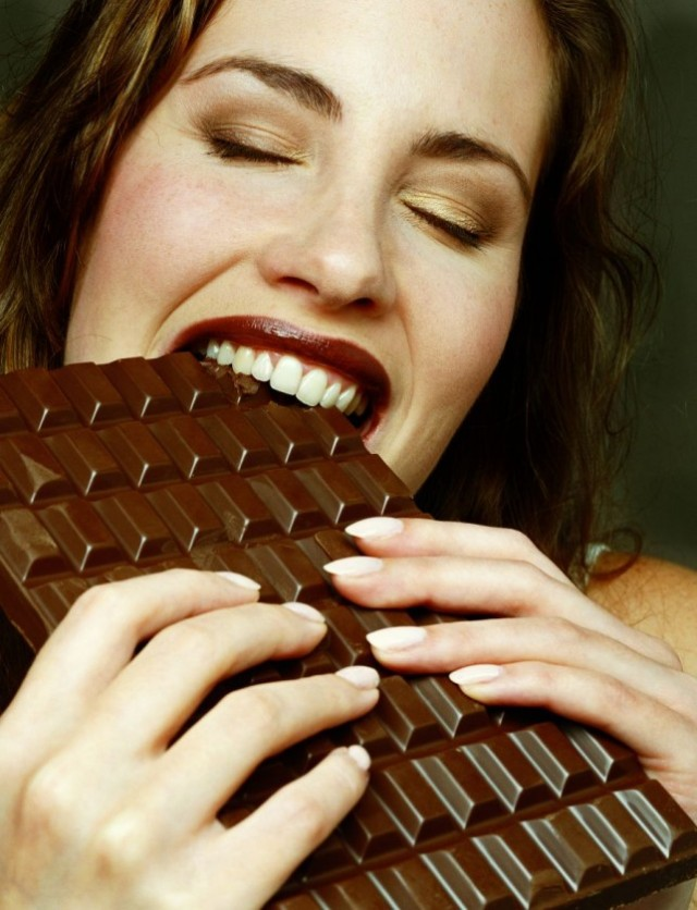 Ummmm, slurp, chocolate...yumm.....lick.....bite....f**k them calories....more....more....more