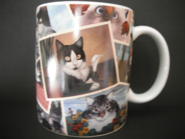 If you live with a cat lady, this mug is standard issue