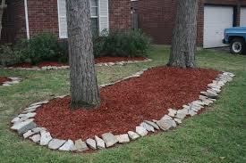 (Spring) Ohhhhh, look how bautiful our yard looks honeeee.